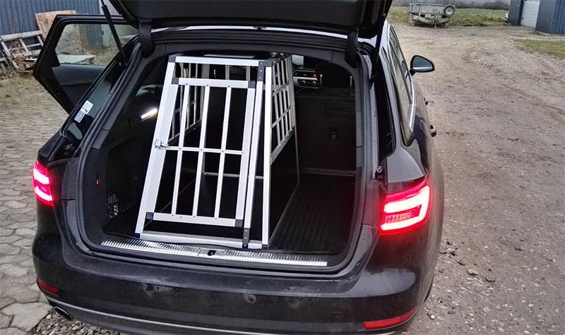 Audi A4 - SafeCrate Large Premium hundebur