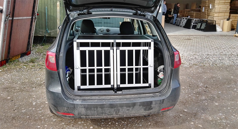 SafeCrate Double Medium Premium i Seat Ibiza Stationcar 2012